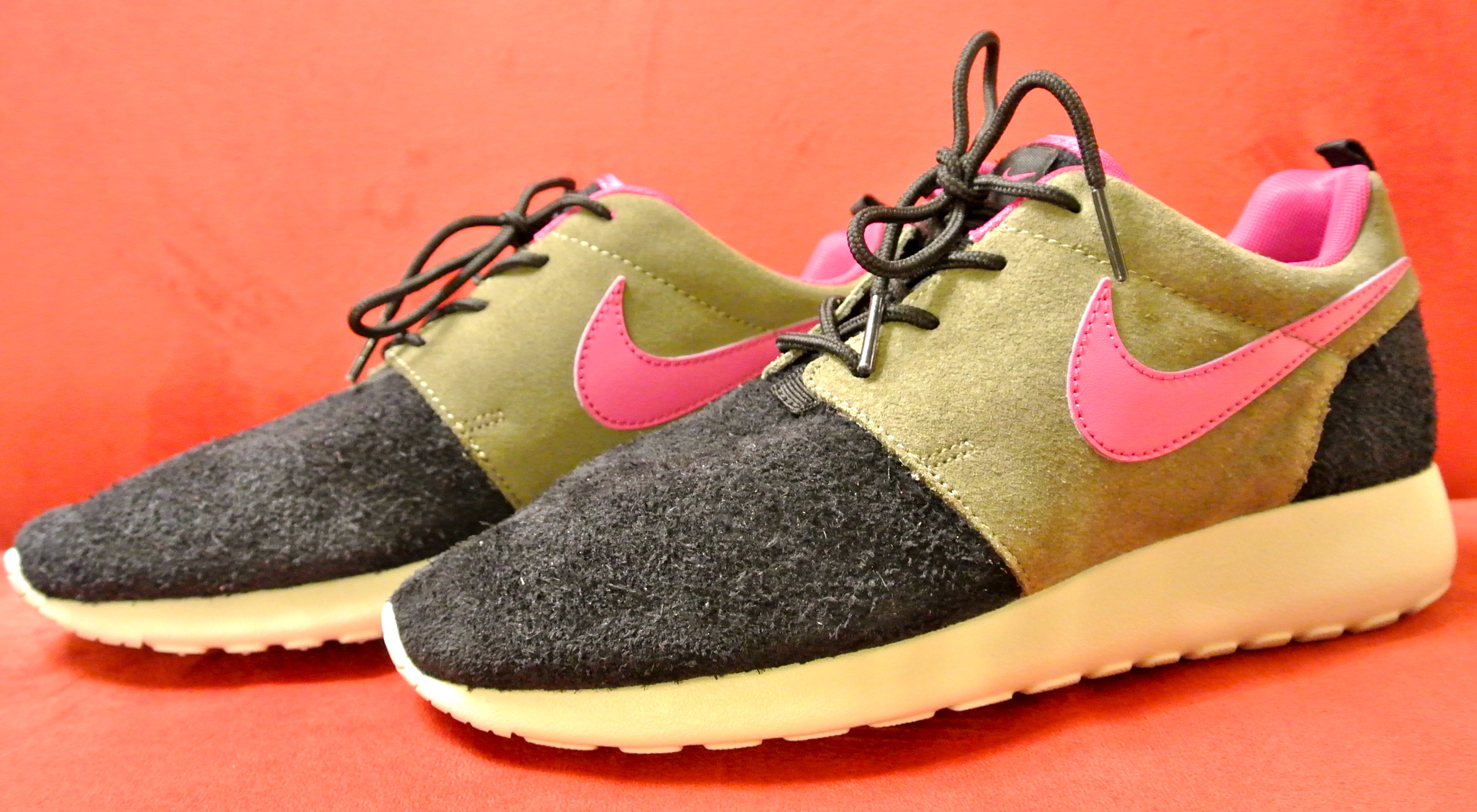 Nike Roshe Womens Leather